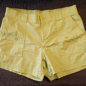 🔥5 for $20🔥Gap yellow shorts sz-10